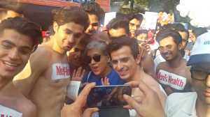 My oh my! Ratna with her admirers!