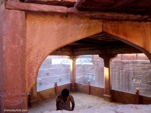 Jodhpur Stepwell - Worker
